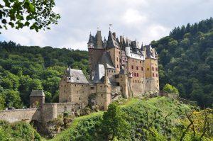 Pilgern an der lieblichen Mosel | mehrtägige Pilgerwanderung (11. Tage) | Auf dem Mosel-Camino von Koblenz nach Trier