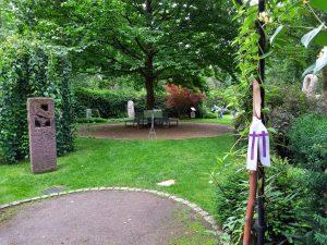 """Ohlsdorfer Jahreszeitenweg """"Sommer""""...mit allen Sinnen zum"""" Garten der Frauen"""" @ Friedhof Ohlsdorf"""